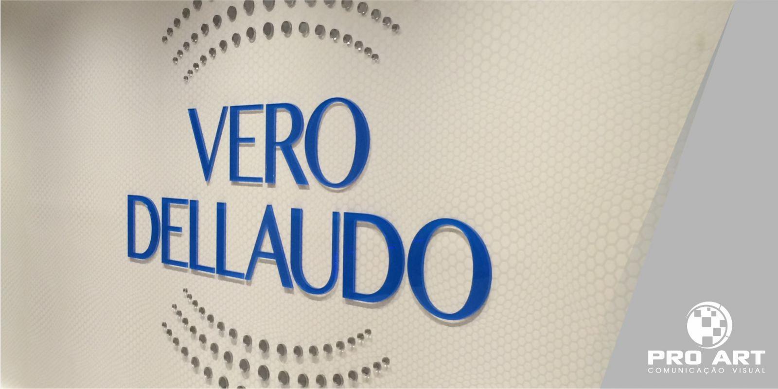 Logo em Acrílico